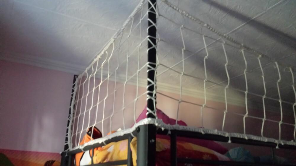 Filet de protection polyamide - mailles 100 x 100 mm - ∅ 4,75 mm envoyé par un client