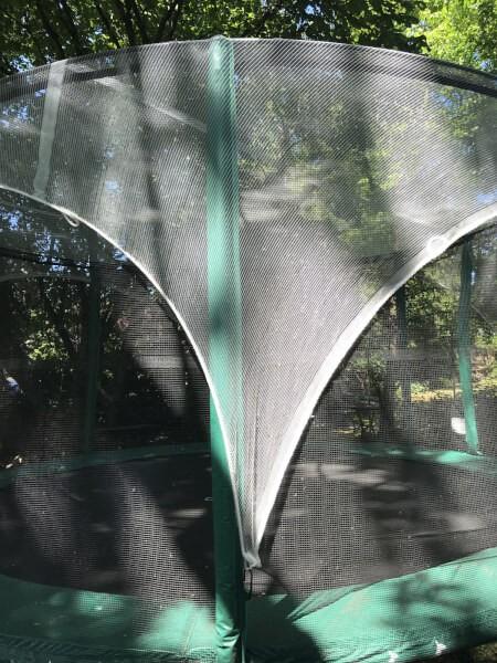 Filet protection feuilles et branches pour trampoline