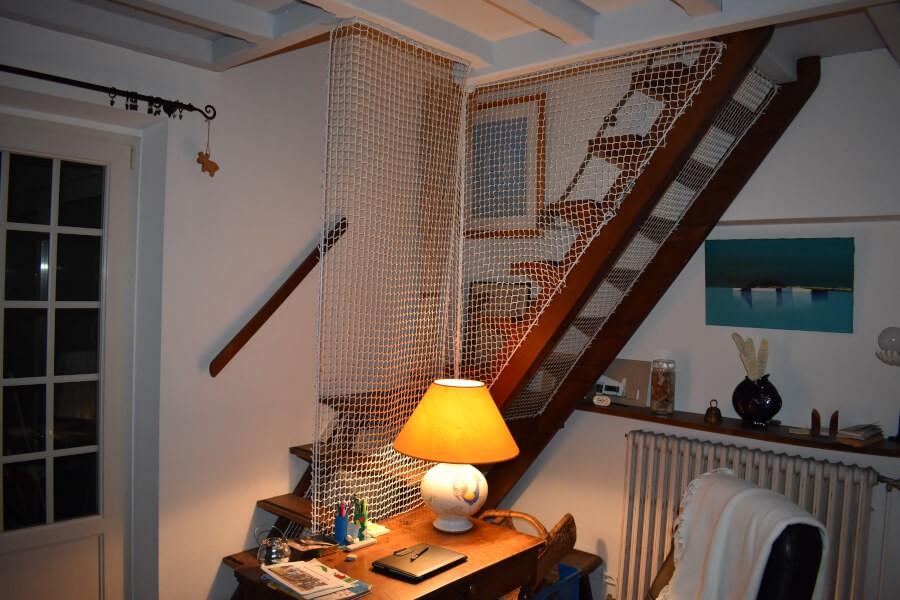 filet de protection enfants mailles 25 mm. Black Bedroom Furniture Sets. Home Design Ideas