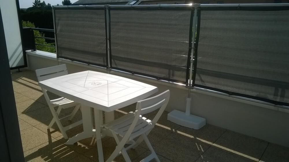 Brise-vue gris anthracite pour balcon