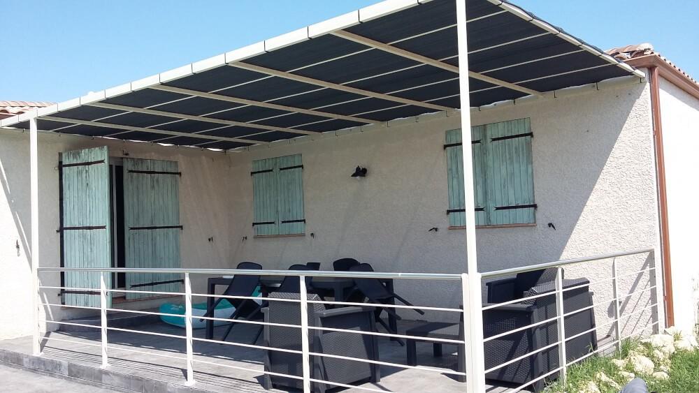 Voile d'ombrage pour tonnelle terrasse