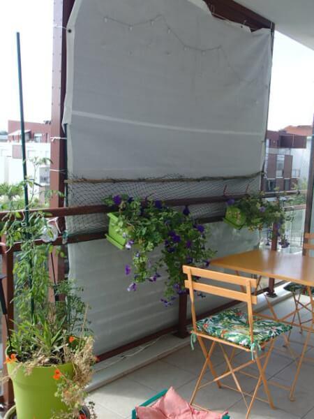 Brise-vue blanc pour persienne balcon appartement