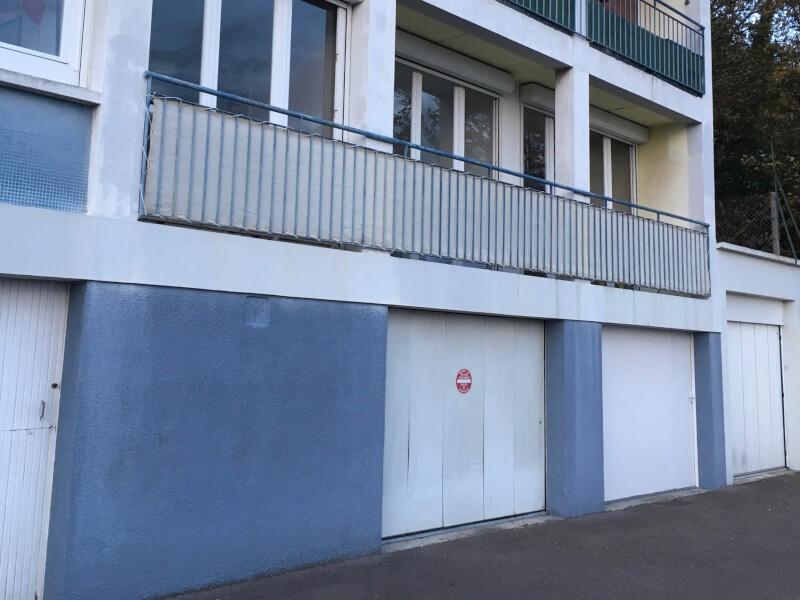 Brise-vue couleur ivoire pour balcon