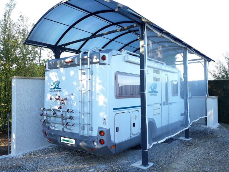 Filet contre la grêle pour un abri à caravane ouvert