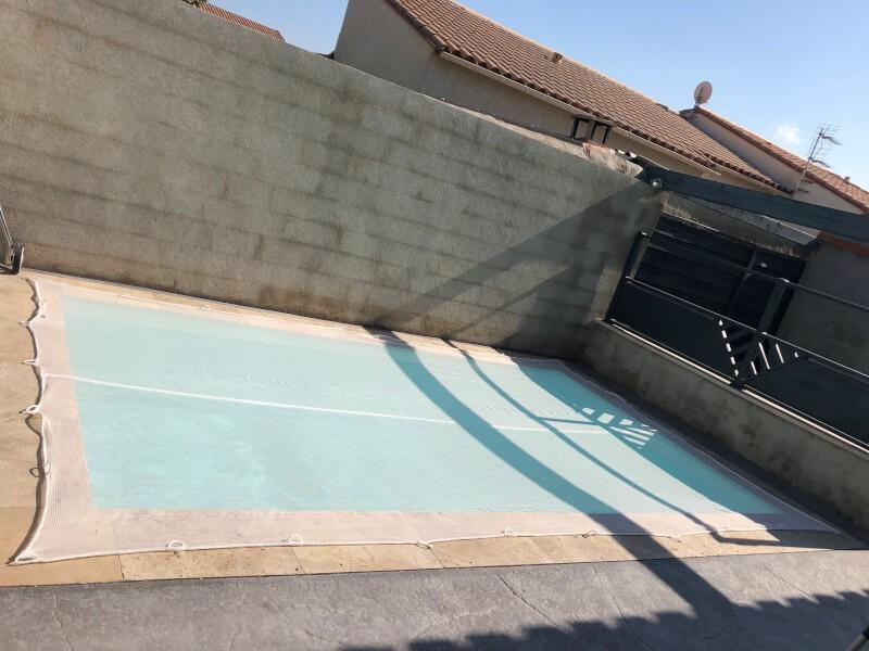 Filet pare-poussière pour piscine