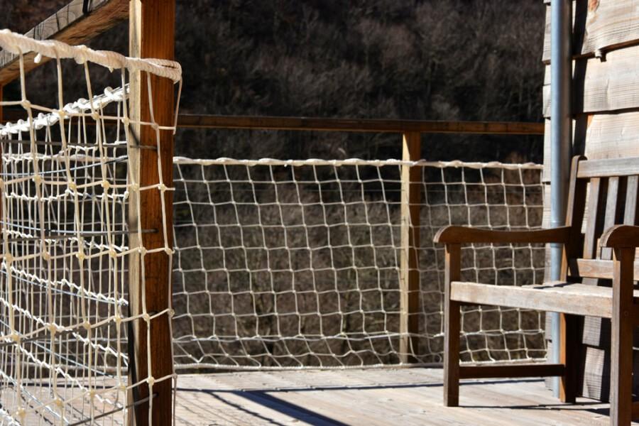 Filet garde-corps pour terrasse chalet en bois