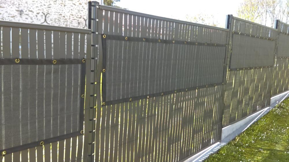 Filet brise vue pour clôture rigide de jardin