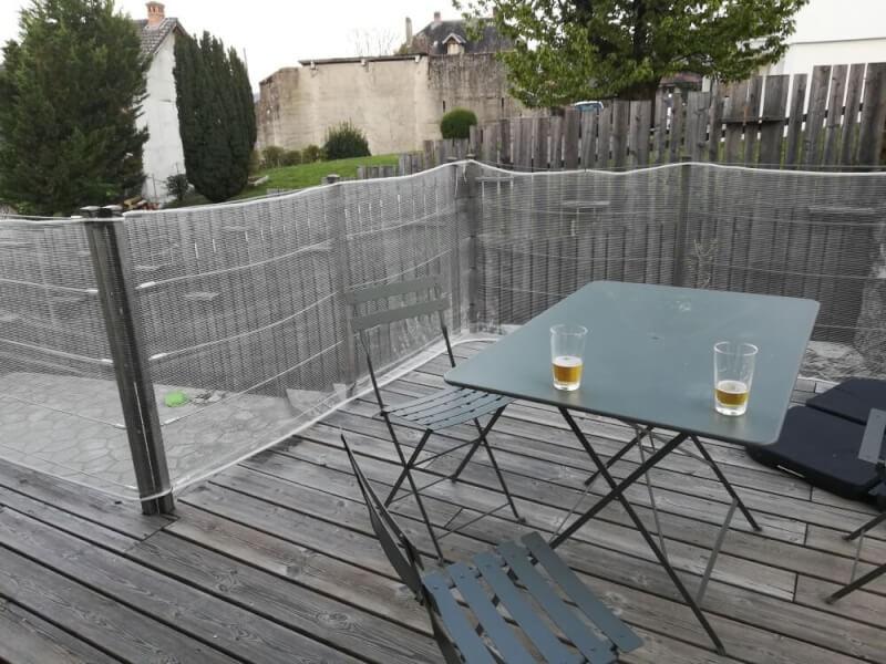 Filet pare-gravats pour rambarde terrasse