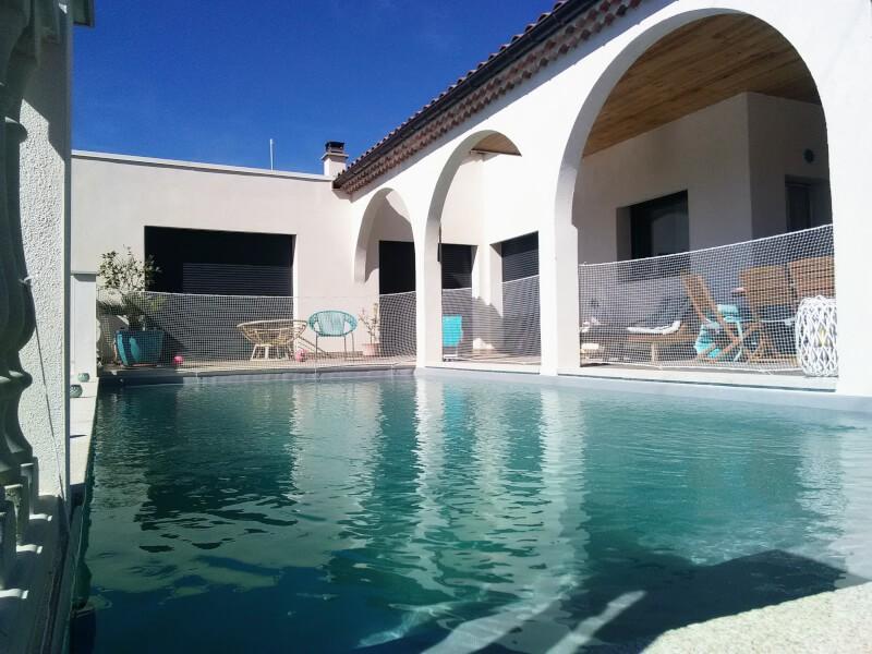 Filet garde-corps piscine