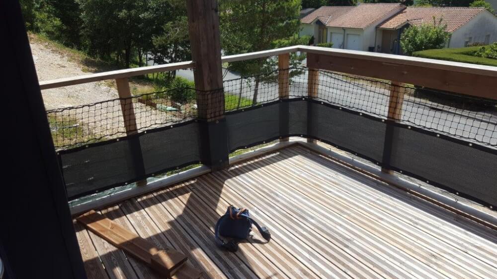 Brise-vue gris pour balcon