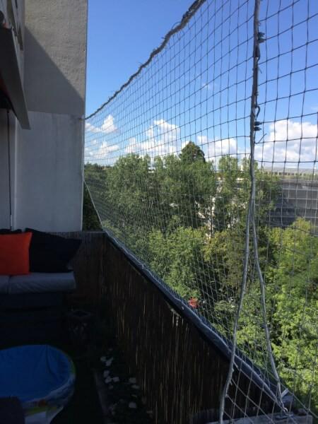 Filet polyamide pour sécuriser un balcon au 8ème étage