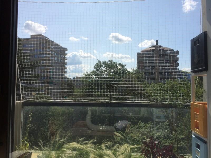 Filet de sécurité pour balcon immeuble