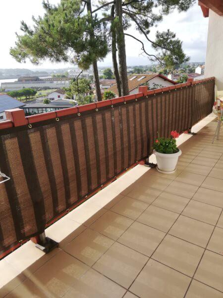 Filet brise-vue coouleur pour rambarde balcon