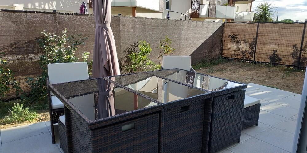 Brise-vue couleur pour appartement en rez-de-chaussée
