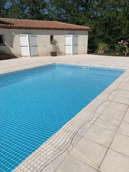 Filet de sécurité à poser sur piscine
