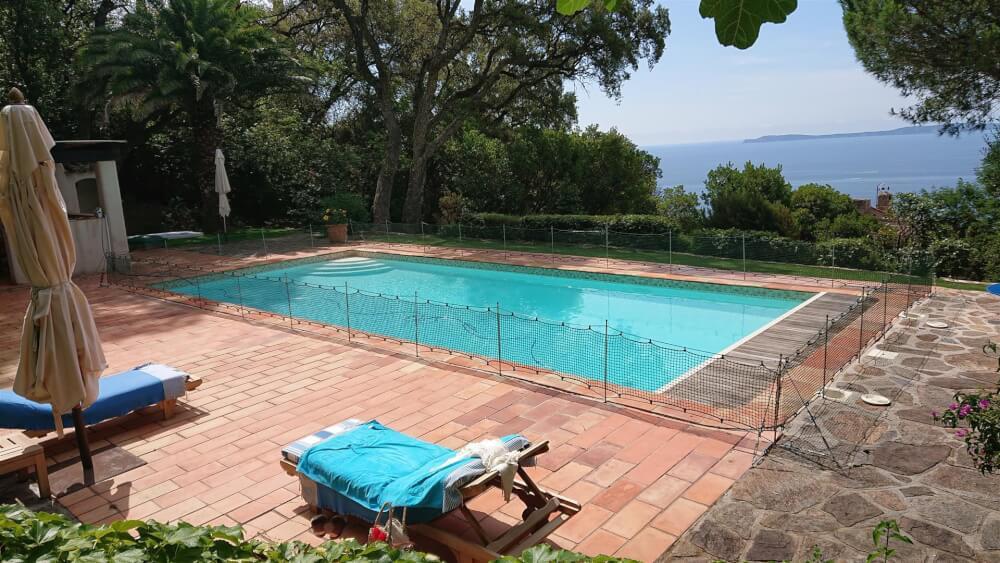 Sécuriser une piscine avec un filet de protection enfants
