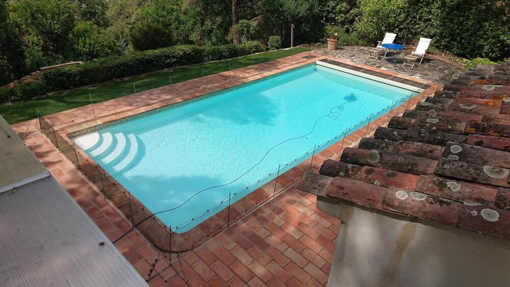 Sécuriser une piscine avec un filet de protection