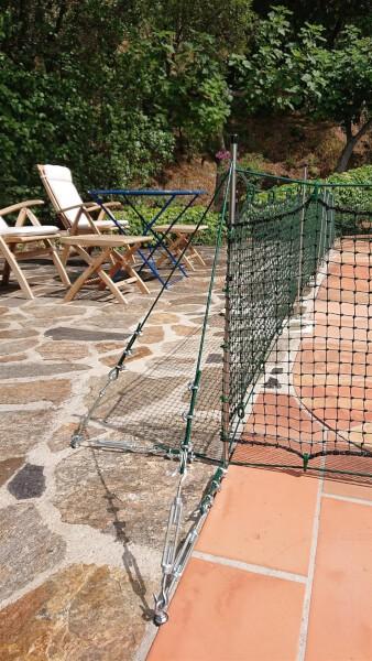 Installation filet de protection avec tendeur et boucle de cable acier