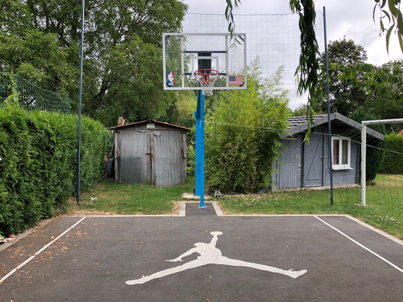Pare-ballons pour terrain de basket