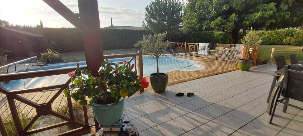Sécuriser une piscine avec un filet