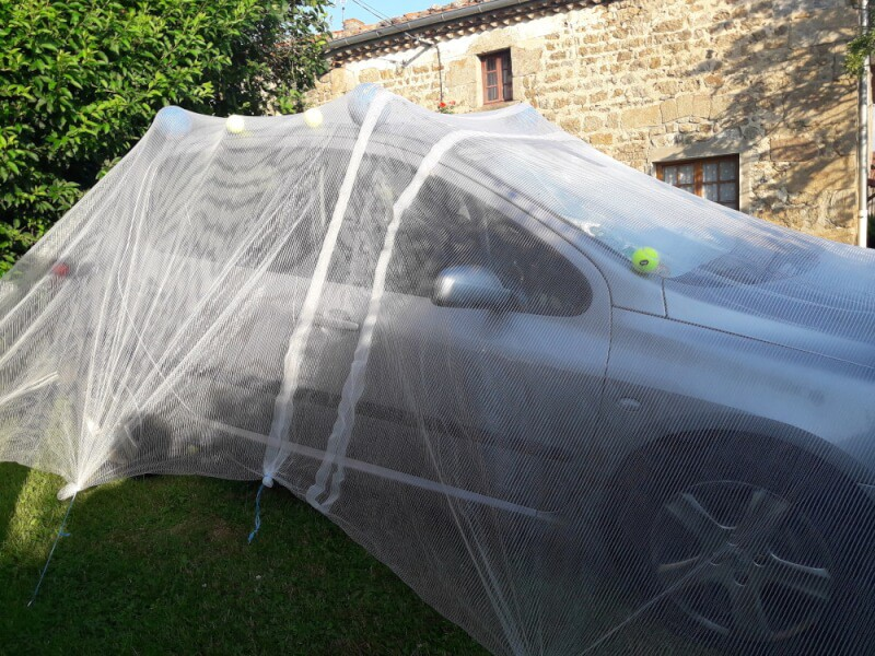 Filet anti-grêle pour voiture