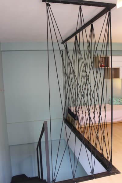 Sandow pour sécuriser une trémie d'escalier