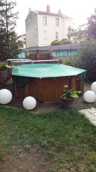 Filet anti-feuilles avec sandow vert pour piscine