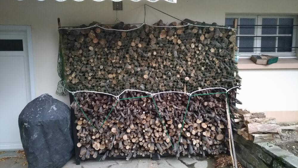 Filet de stockage pour bois de chauffage