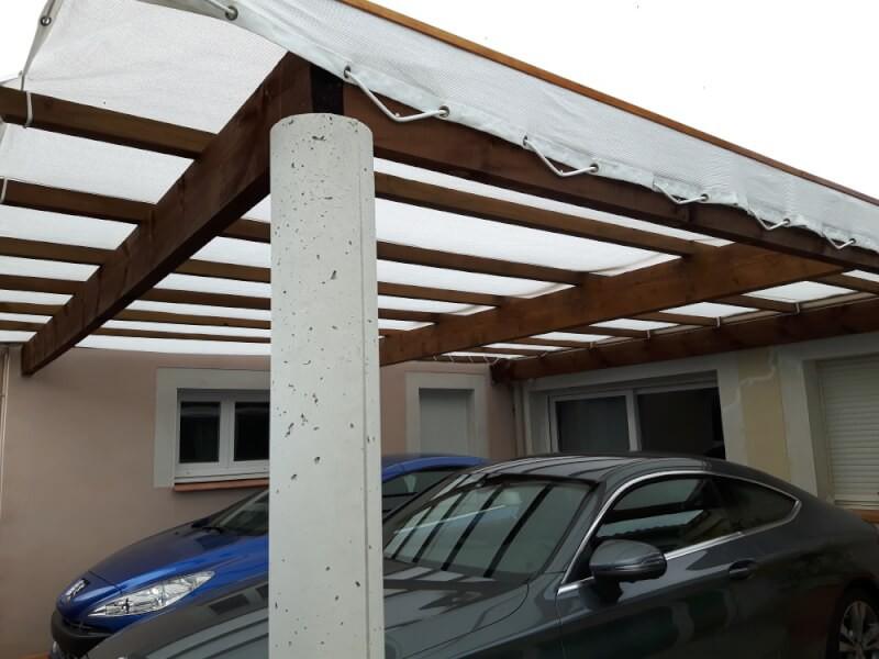 Protéger ses voitures contre les intempéries avec un filet brise-vent