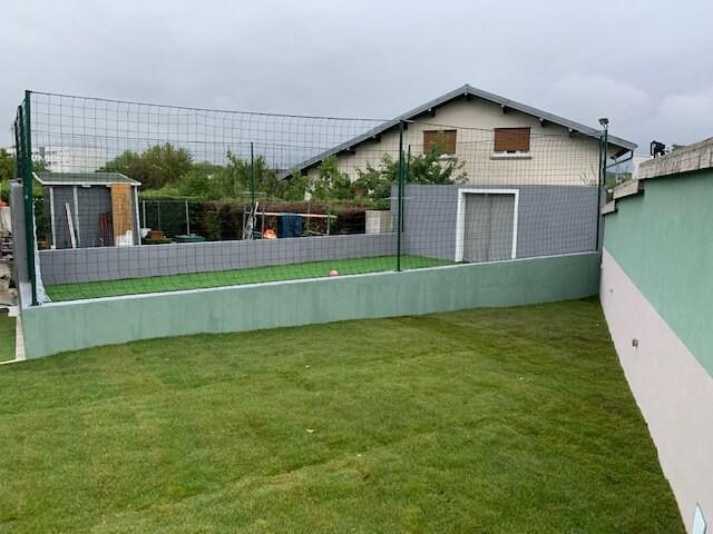 Filet pare-ballons pour mini terrain de foot particulier