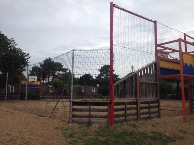 Filet pare-ballons clôture terrain de foot camping