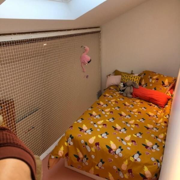 Filet anti-chute pour lit enfant suspendu