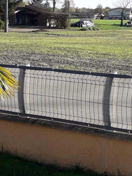 Filet brise-vue discrétion pour piscine et jardin
