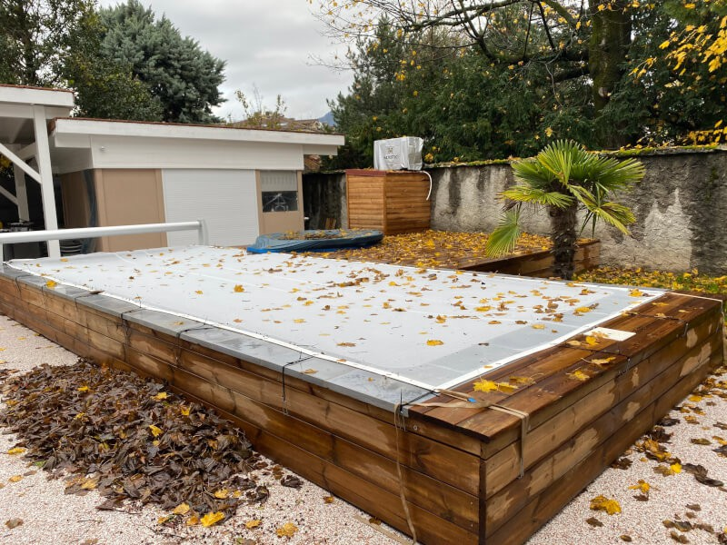 Filet anti-feuilles blanc pour piscine