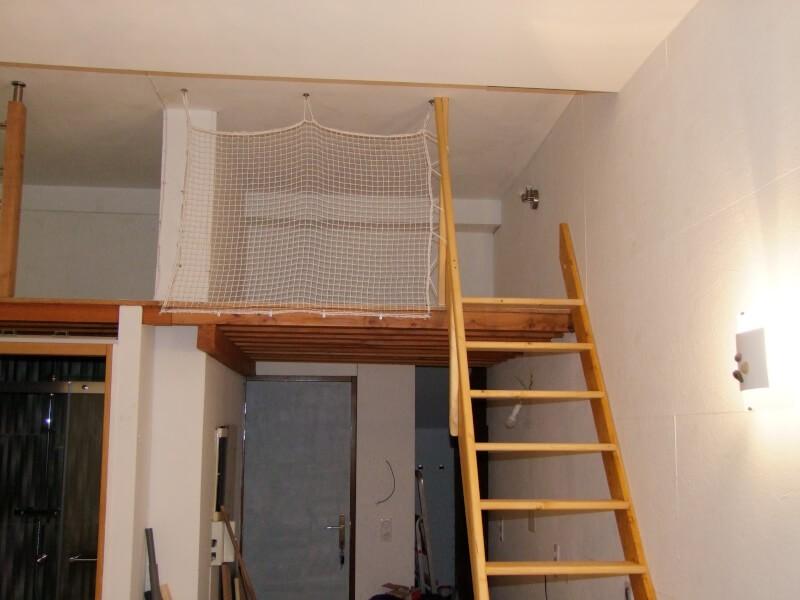 Filet d'habitation pour sécuriser une mezzanine