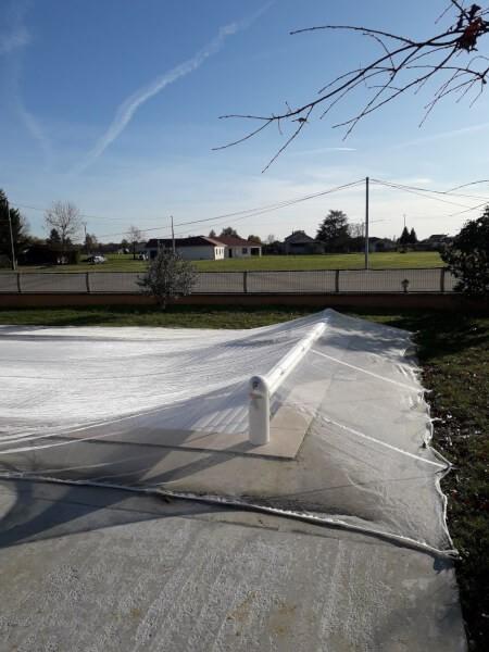 Filet anti-feuilles protection bassin et piscine pour automne et hiver