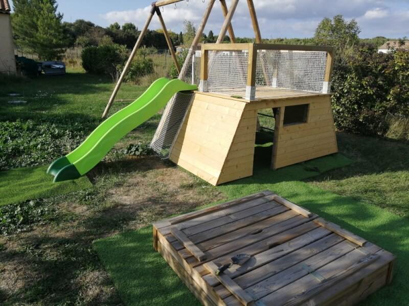 Filet de sécurité pour cabane enfants avec toboggan et toit terrasse