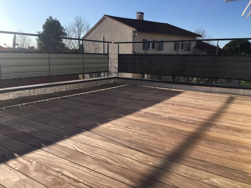 Filet brise-vue gris pour balcon