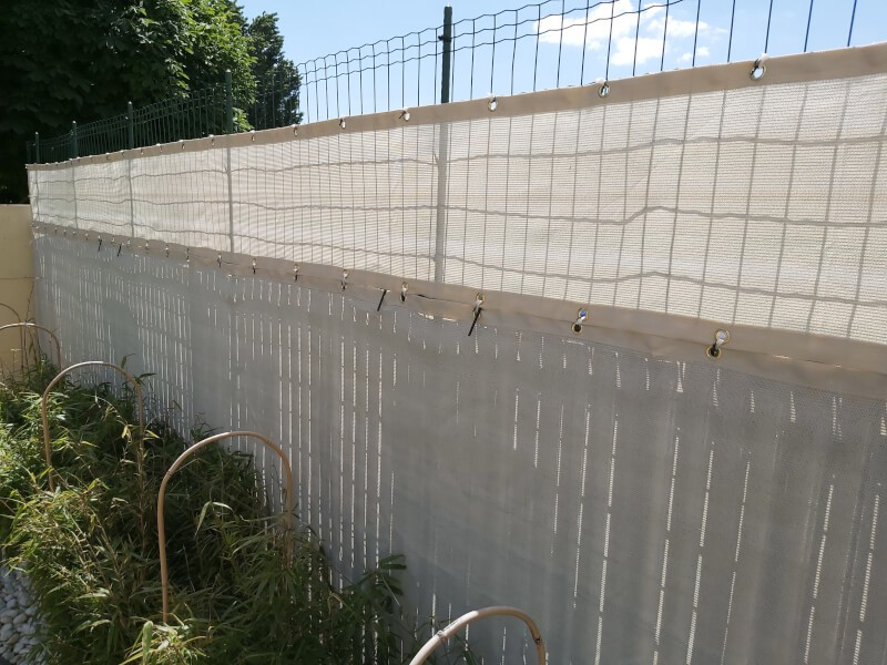 Filet brise-vue blanc forte occultation sur clôture