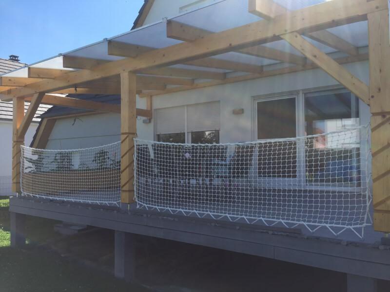 Filet garde corps de terrasse avec cordage périphérique
