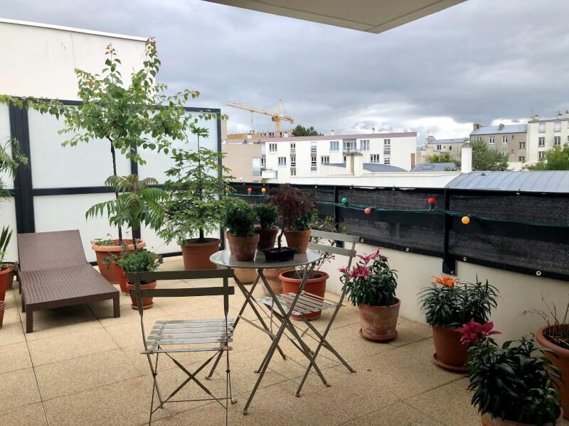 Filet brise-vue couleur pour terrasse