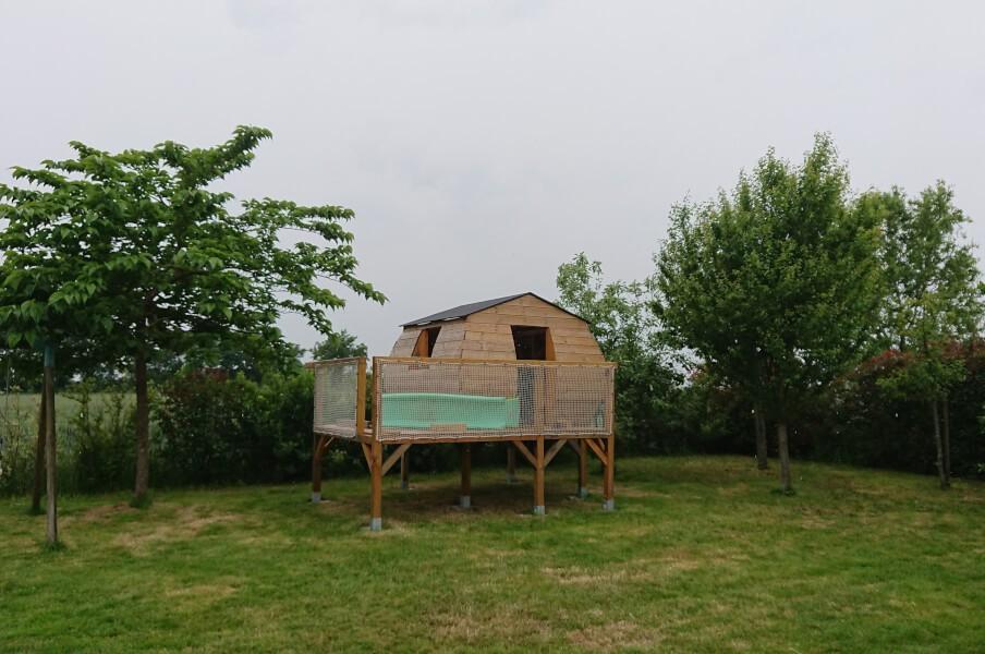 Garde corps pour la cabane du jardin