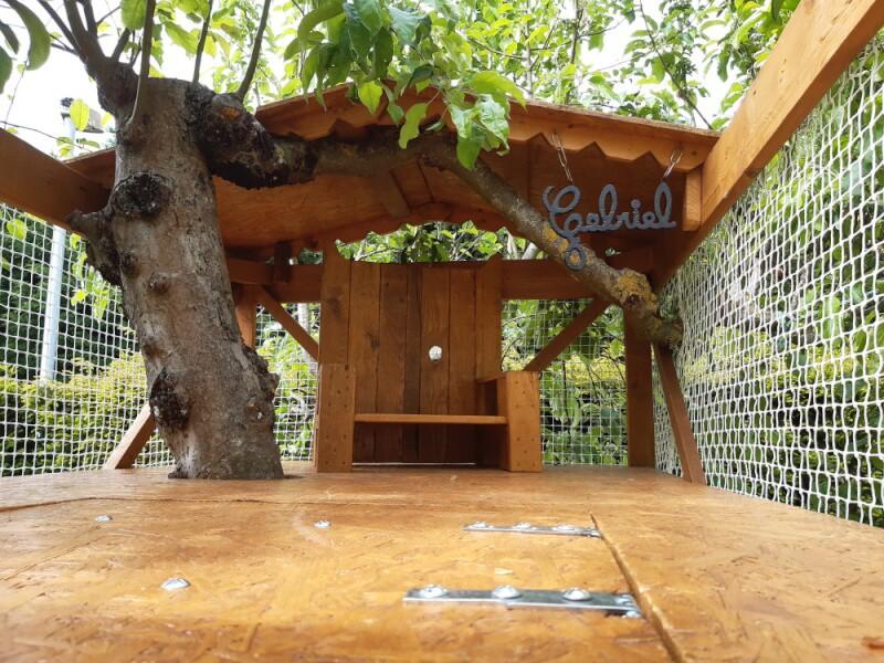 Garde-corps cabane pour enfants avec un filet polyamide