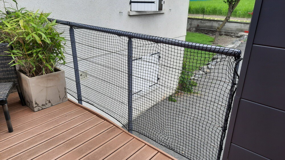 Sécuriser un balcon avec un filet de protection pour chats