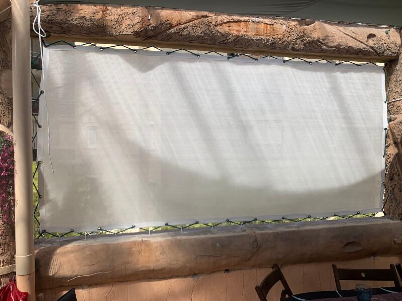 Filet brise-vue blanc pour fermer balcon original