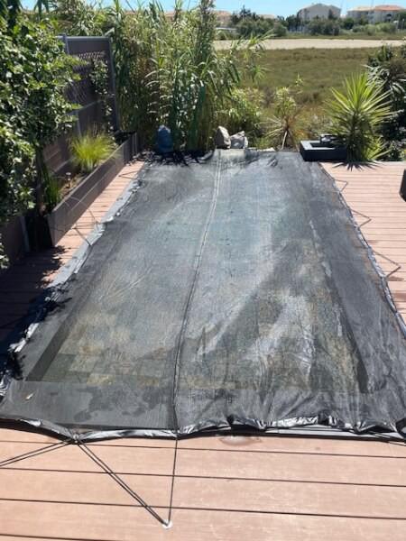 Filet anti-feuilles et salissures sur piscine Palavas