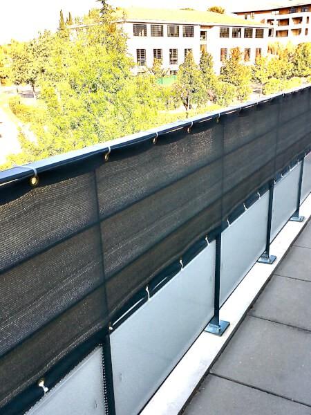 Filet brise-vue gris pour cacher votre balcon