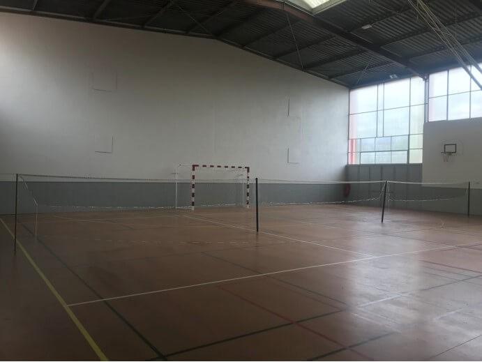 Filet de badminton renforcé sur terrain