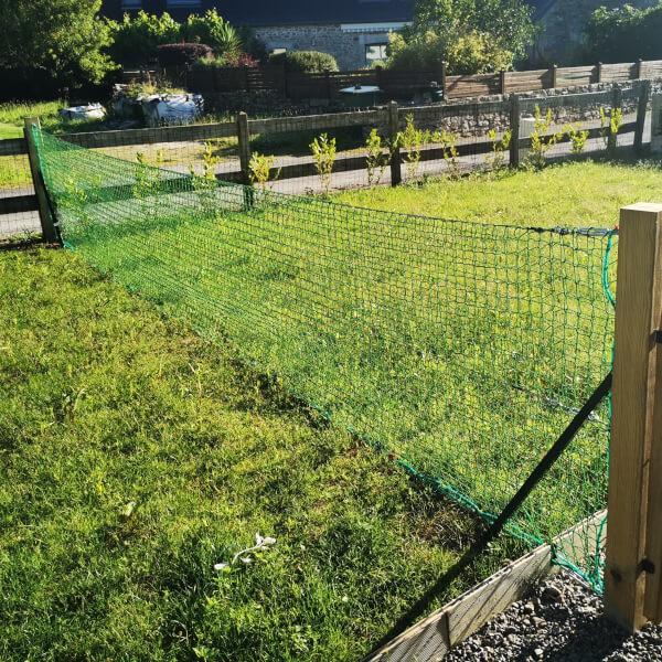 Filet délimitateur / séparateur de jardin pour chien