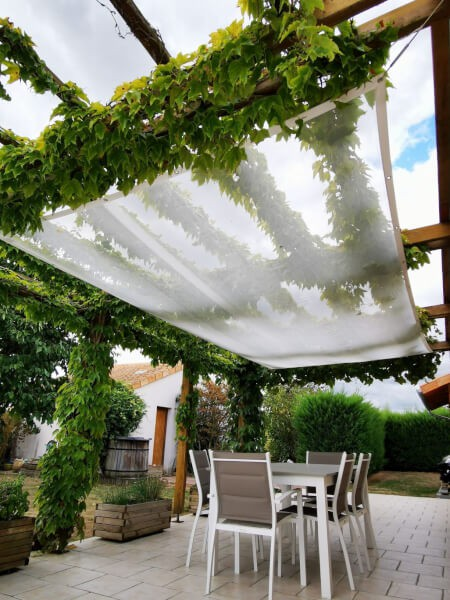 Filet antisalissures blanc protection terrasse